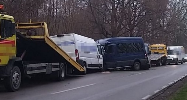 У Польщі сталася смертельна ДТП за участі 3-х бусів, якими керували українці
