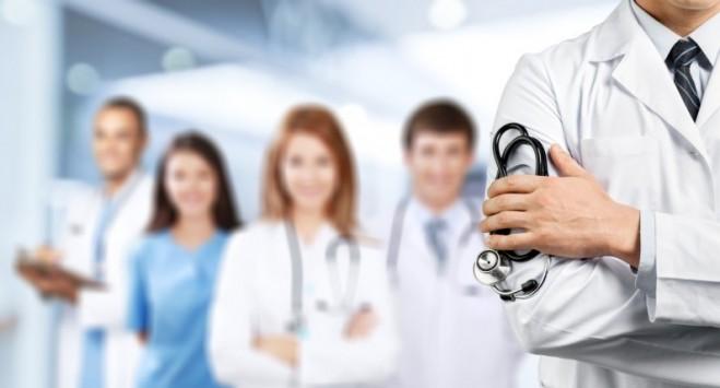 До лікаря в Польщі: коли треба направлення, як його використати і не тільки це