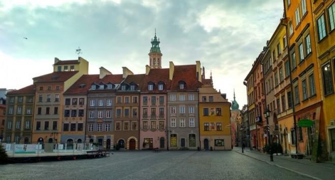 В Польше ввели более жесткие меры против коронавируса: чего больше нельзя делать