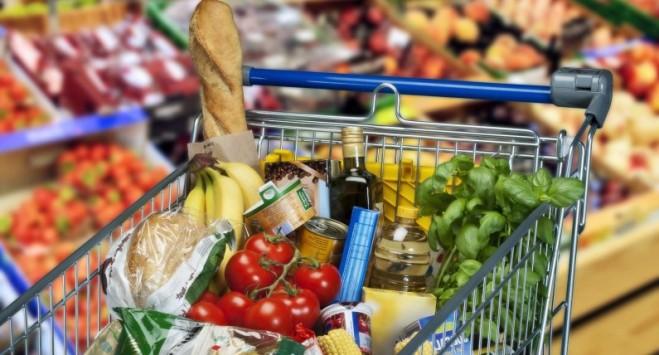 Сало, алкоголь і солодощі: Biedronka оголосила український тиждень