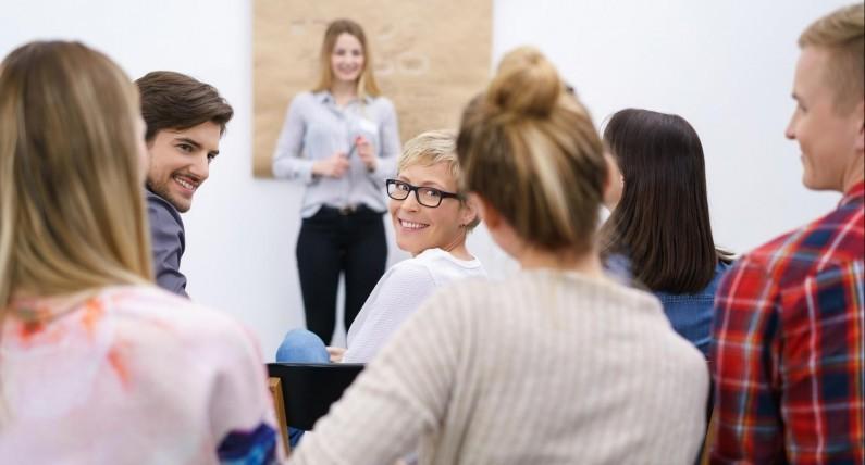 Польське місто навчатиме жителів української мови з білбордів