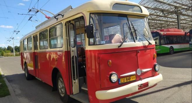 Польське місто купило в Україні старий тролейбус і зробило з нього туристичну принаду