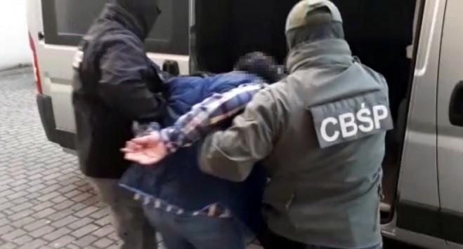 Держали за рабов: в Польше разоблачили преступную группу, которая обманула более 500 заробитчан