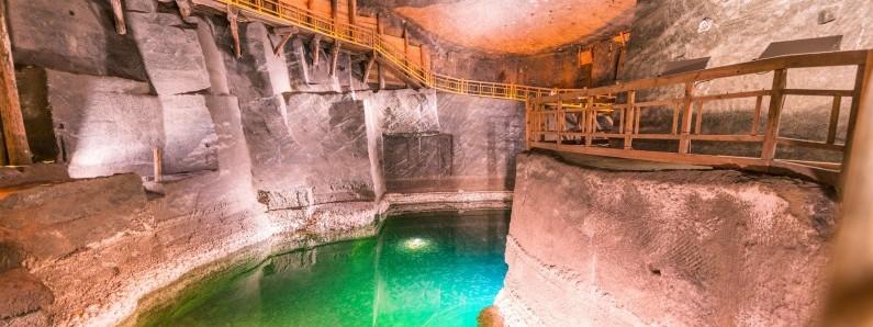 Найкрасивіші підземні туристичні траси Польщі, які варто відвідати