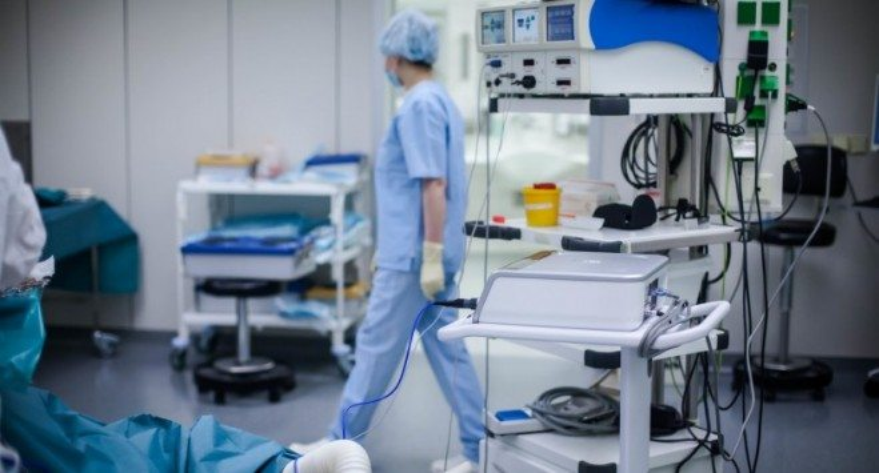 Майже 1100 інфікованих та 15 померлих від коронавірусу в Польщі
