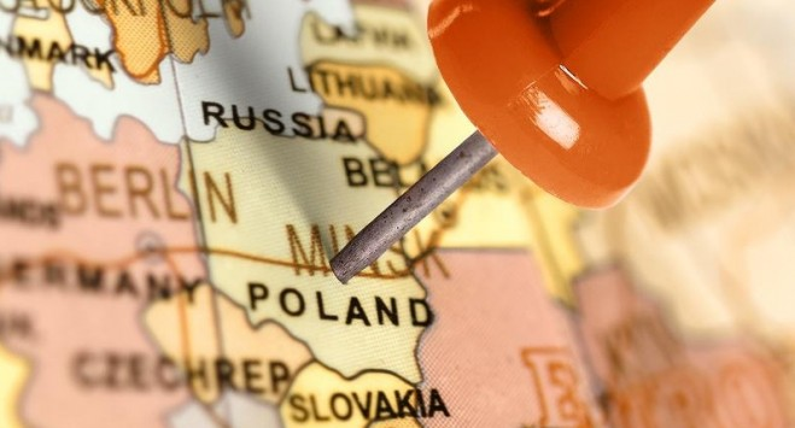 Жорсткіші обмеження в Польщі: можуть закрити будівельні, меблеві магазини і не тільки це