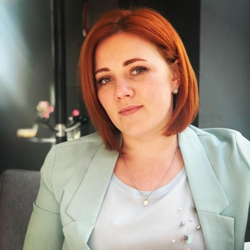 Юлия Новицкая, координатор отдела легализации трудоустройства компании